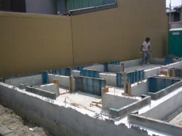 ☆家づくりの流れ・・・基礎工事・・型枠外し~整地 ①