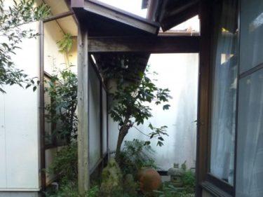 焼津市で坪庭・塀のリフォーム依頼。現地調査へ