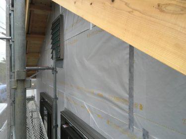 サッシ廻りの防水処理と遮熱・防湿シート張りの重要性‼