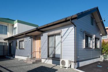 自然素材住宅011:高齢者にも配慮した平屋の家