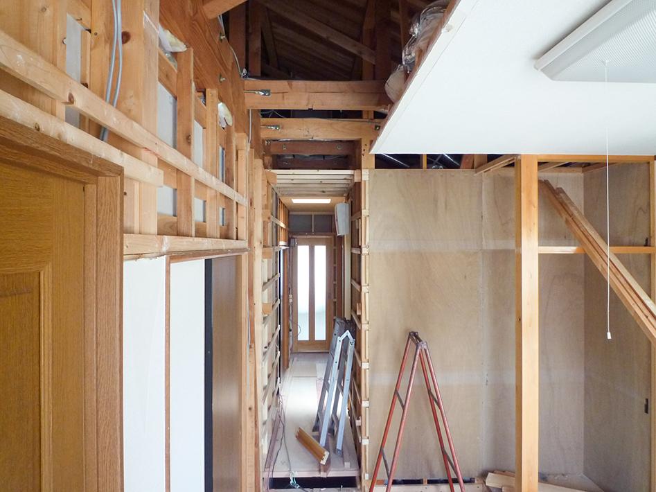 奥のリビング・厨房室と接続