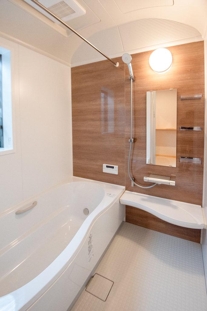 ドーム天井の浴室